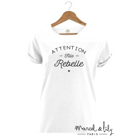 "Tee-shirt blanc bio femme + pochon tissu ""Attention Fille Rebelle"""