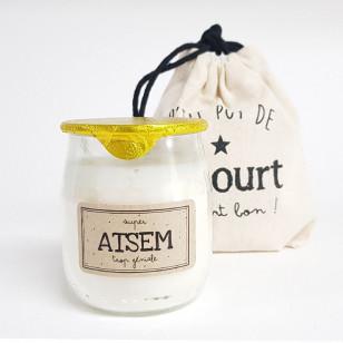 """Bougie P'tit pot de yaourt """"ATSEM"""" Pistache-amande"""