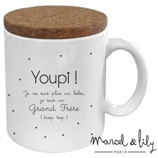 """Mug avec son couvercle en liège """"Youpi! Je suis un grand frère"""""""